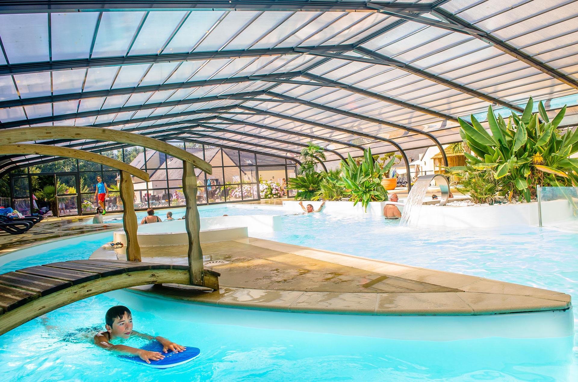 Camping airotel la pommeraie de l 39 oc an trouvez le for Camping brest piscine couverte